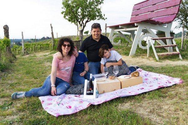 Andrea and Anna Rinaldi with its children
